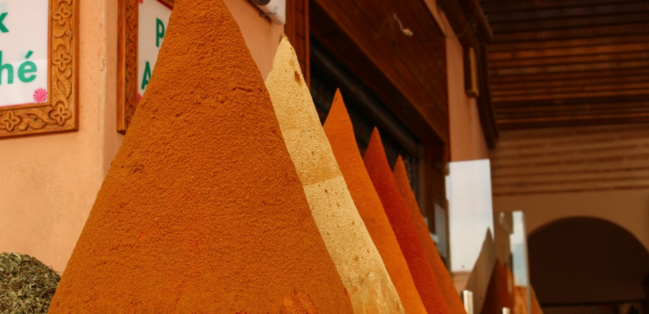 Marrakesh, piles of spices in the Jewish borough